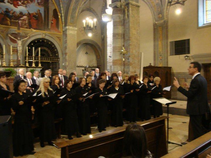 Coro S. Cecilia Galliate - Via Crucis Listz - Santuario di Crea Pasqua 2010